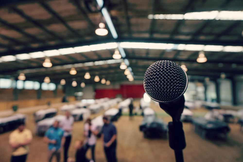 5 Mistakes People Make When Public Speaking
